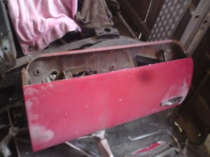 GT6 lower door skin removed