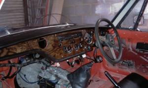 Burr walnut GT6 Mk3 dash
